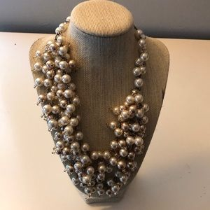 Stella and Dot retired pearl necklace.